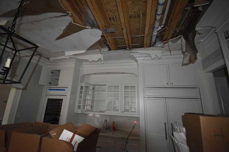 Kitchen ceiling 4